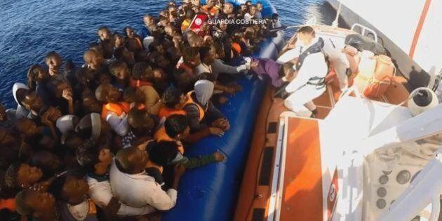Sbarchi, 90 marinai della Guardia costiera libica operativi da maggio. Così l'Italia prova a contenere...