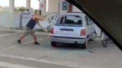 Litiga con il padre di Noemi e sfoga la sua rabbia su un'auto parcheggiata: in un video la violenza
