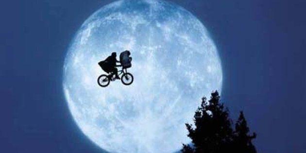 E.T., l'alieno goffo di Spielberg compie 35