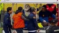 Finge l'infortunio e scappa in ambulanza per evitare