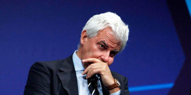 Mps, Alessandro Profumo rinviato a giudizio per usura bancaria. I legali: Estraneo ai