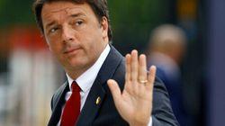 Renzi festeggia le firme per il sì e quelle mancate per il