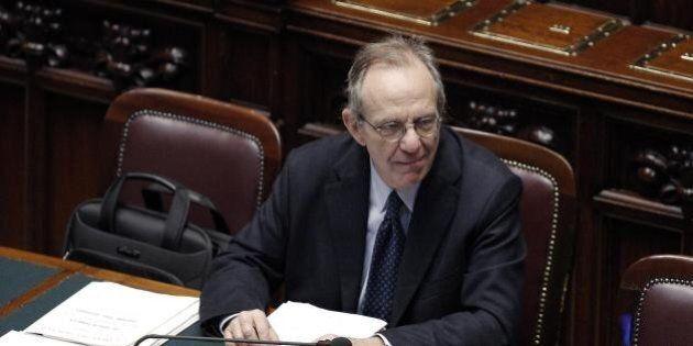 Banche, Pier Carlo Padoan in aula per il salva-banche: