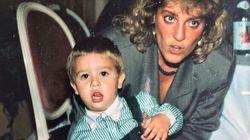 Fedez posta una sua foto da piccolo, ma l'attenzione dei fan è tutta per sua madre (per una