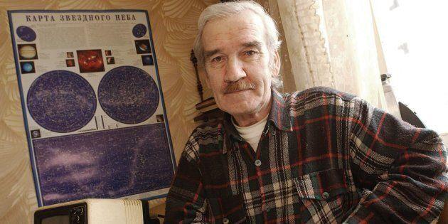 Stanislav Petrov ha salvato il mondo dalla guerra nucleare ed è morto come ha vissuto: dimenticato da