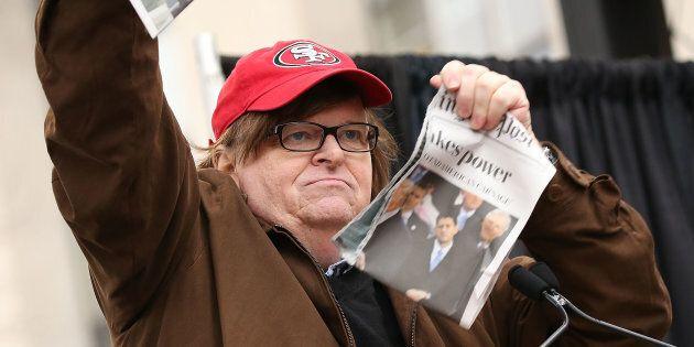Michael Moore annuncia documentario esplosivo contro Donald Trump.