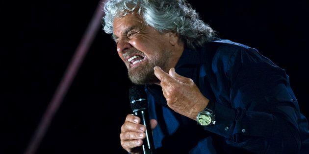 Beppe Grillo ai cronisti: