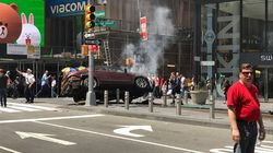 Paura a New York: un'auto a gran velocità contro la folla a Times