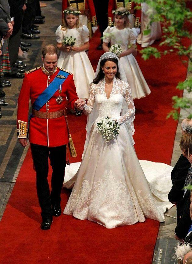 Vestiti Da Sposa Kate Middleton.Kate Middleton Ha Indossato Un Secondo Abito Da Sposa Nel Giorno