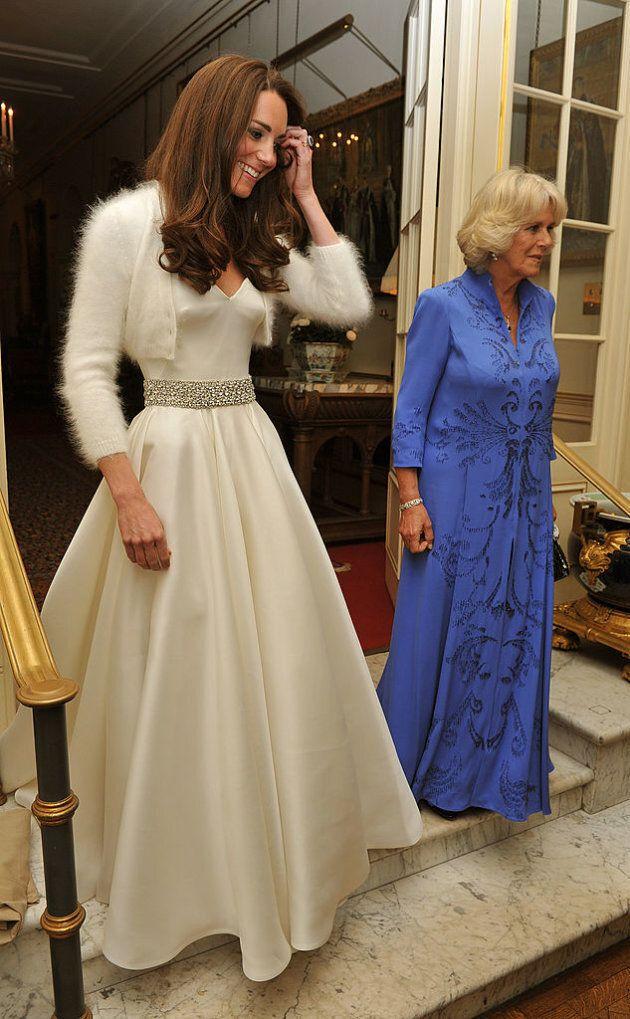 Abiti Da Sposa Secondo Matrimonio.Kate Middleton Ha Indossato Un Secondo Abito Da Sposa Nel Giorno