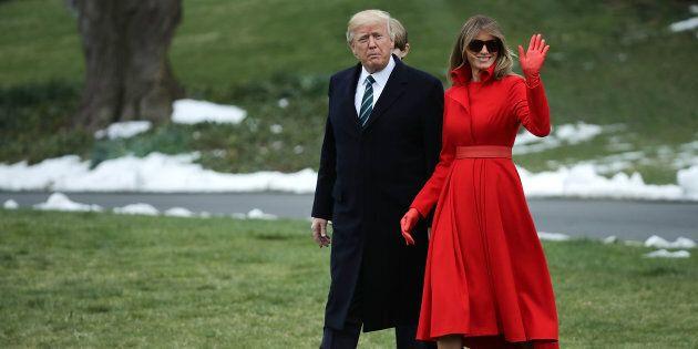 Melania ci ripensa: non asfalta l'orto di Michelle Obama per farci un campo da