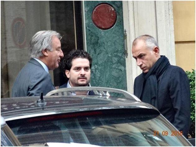 Renato Mongillo (S), Carlo Russo (C) e Raffaele Manzi a Roma, in una immagine contenuta negli atti dell'inchiesta