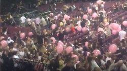 Quei palloncini rosa macchiati dal sangue a