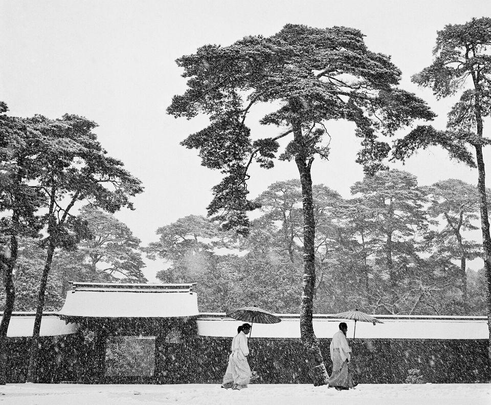 JAPAN. Tokyo. Courtyard of the Meiji shrine.