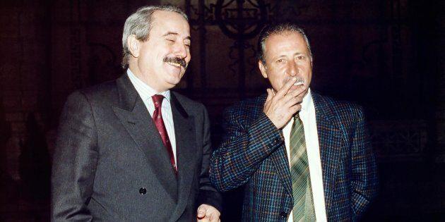 I giudici, Giovanni Falcone e Paolo Borsellino fotografati a Roma in occasione dell'inaugurazione dell'anno...