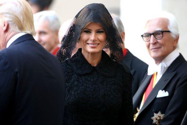 Melania Trump dal Papa con il velo di pizzo sulla