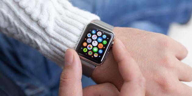 Apple è diventata la più grande produttrice di orologi al mondo. Ha superato anche