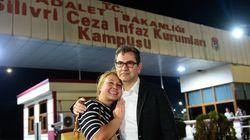 Kadri Gursel è libero ma restano in carcere l'ad e tre giornalisti di