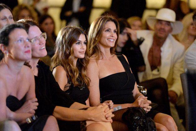 L'ascesa di Kaia: la figlia di Cindy Crawford è la top model del momento. Ma c'è già chi la accusa: