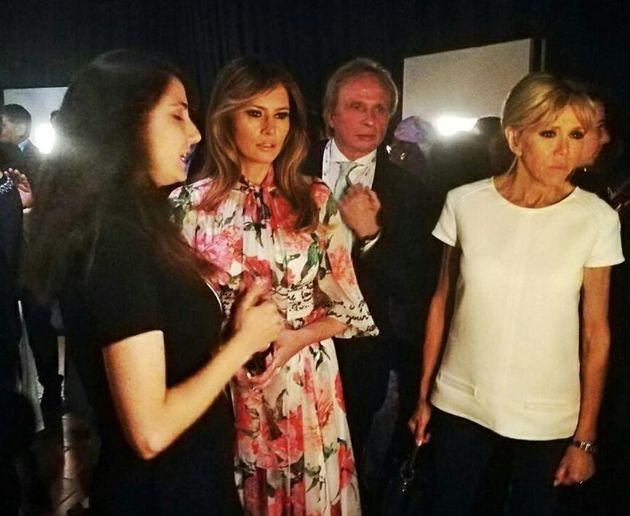 Melania Trump e Brigitte Macron in un momento della visita a Palazzo Corvaja, Taormina, 27 maggio 2017....