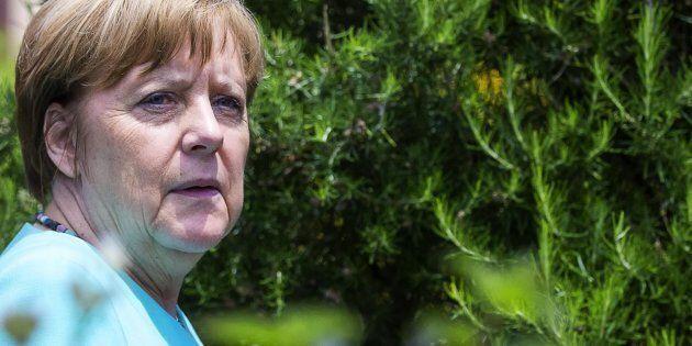 La delusione di Angela Merkel. Dopo Trump e la Brexit, dopo il G7, ammette la solitudine dell'Europa:...