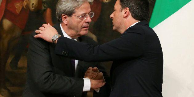 La road map per l'uscita di Gentiloni: legge elettorale, piano finanziario condiviso e passo indietro...