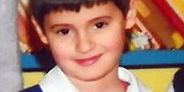 Francesco Bonifazi, il bambino di 7 anni morto all'ospedale Salesi di Ancona a causa di un'otite bilaterale...