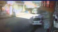 La terribile esplosione a Kabul in un video delle telecamere di