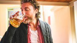 Se sognate un lavoro da assaggiatore di birra, questo annuncio fa per voi (e lo stipendio è