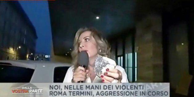 Santanché presa a sassate a Roma: attimi di paura in diretta