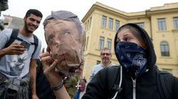 Renzi all'attacco per le violenze del G7 di Torino: