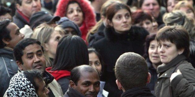 Rapporto Censis; Italia con ceto medio corroso, rischio banlieue parigine. Paese umilia giovani, politica...