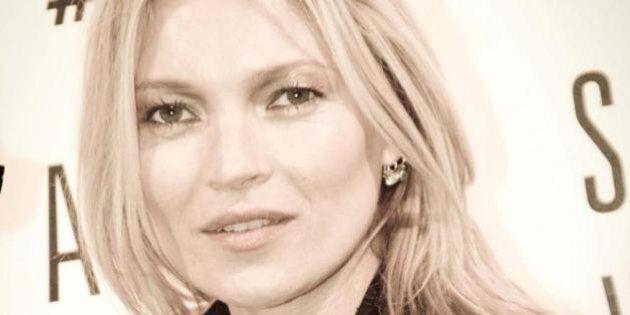 Kate Moss cacciata da un volo low cost Easyjet: comportamento indisciplinato. E la polizia la scorta...