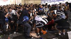 Panico tra i tifosi a Torino per un falso allarme bomba. 1400 i feriti, di cui sette in gravi condizioni. Un bimbo