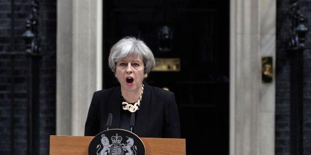 Enough is enough. May e Corbin uniti nel cavalcare la reazione degli inglesi al terrore.