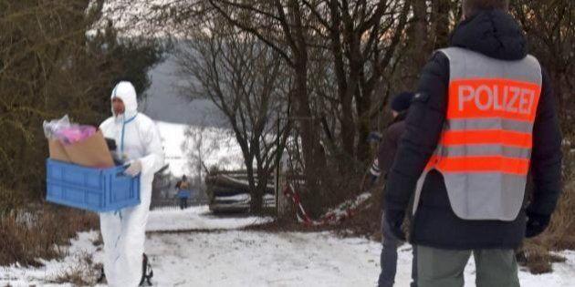 Sei ragazzi trovati morti in una casa di Arnstein, in Germania. La polizia