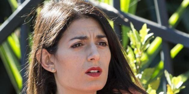 Virginia Raggi in procura per conoscere la verità sull'assessore in pectore Raffaele De