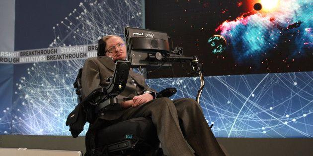 Stephen Hawking ha dichiarato che