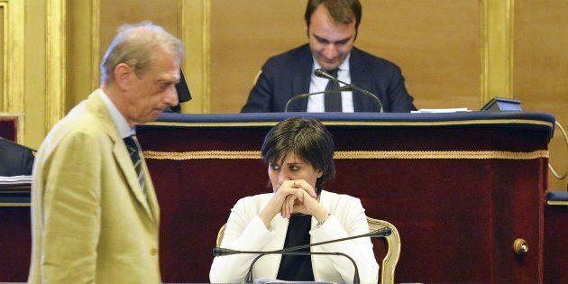 Il piano di rientro del Comune di Torino fa litigare Appendino e Fassino (e pure
