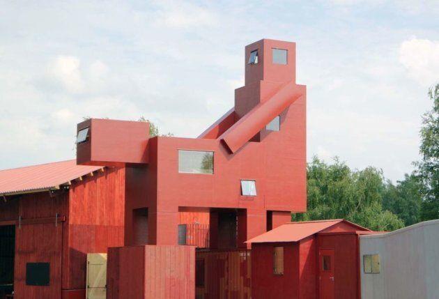 Il museo del Louvre ha vietato questa scultura perché è