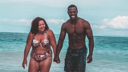 La foto di questa coppia in costume da bagno è diventata virale per un'ottima