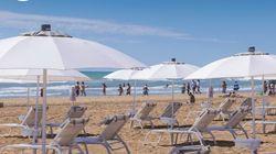 L'ombrellone si apre con il Sole: a Jesolo il primo stabilimento balneare che sfrutta l'energia