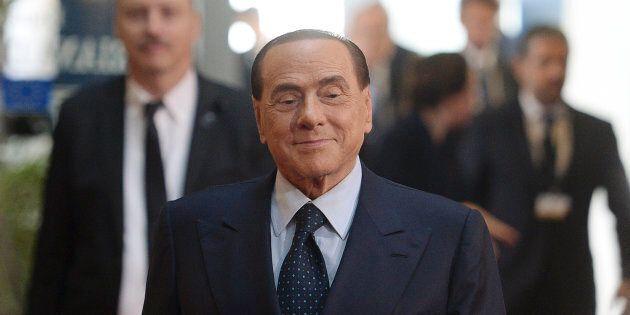Silvio Berlusconi deposita il simbolo del nuovo movimento