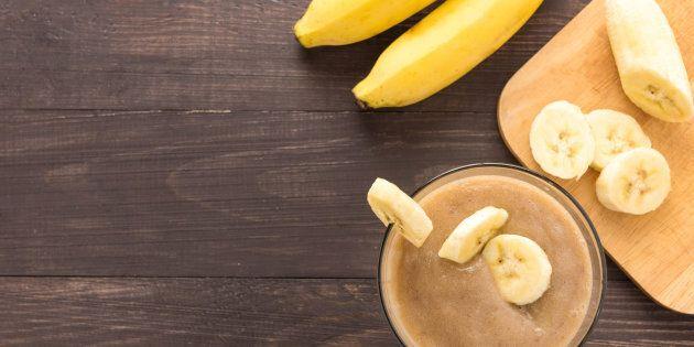 Mangiare le banane con regolarità aiuta a prevenire ictus e