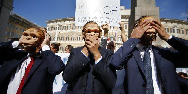 Flash mob dell'Associazione collaboratori parlamentari dello scorso 5 ottobre a