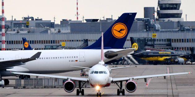 Lufthansa compra Air Berlin. Ora la corsa per