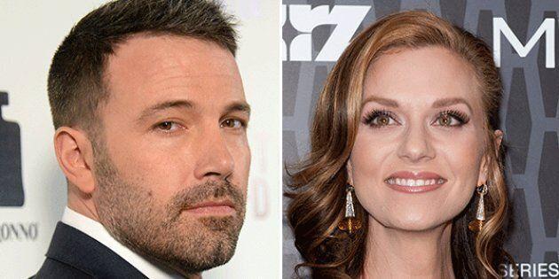 Ben Affleck si scusa con Hilarie Burton per averla palpeggiata:
