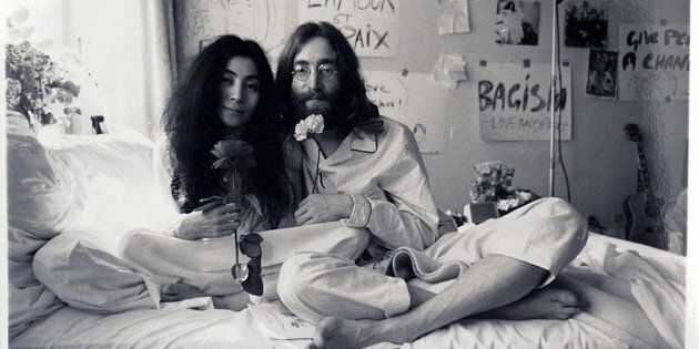 PREVIOUSLY UNPUBLISHED PICTURES OF JOHN LENNON & YOKO ONO IN THEIR BED.PIC: