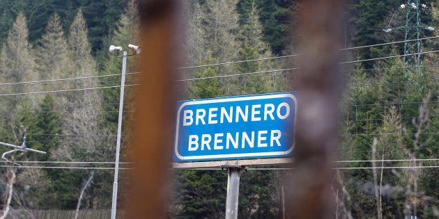 A due giorni dalle elezioni in Austria tornano i check point al