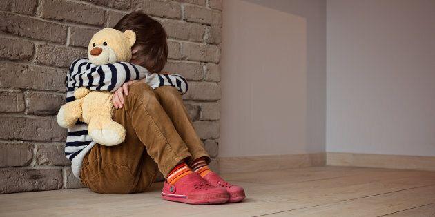 Una vasta rete di pedofili è stata scoperta in Trentino, 10 arrestati. In manette anche un